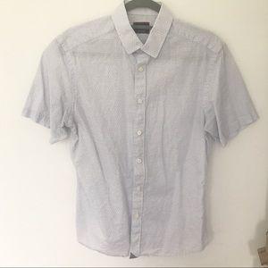 UNTUCKit men's short sleeve shirt size S